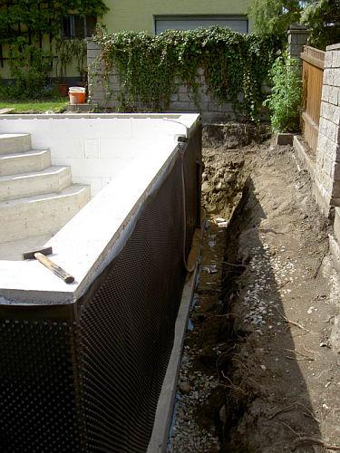 einstieg f r den pool betonieren. Black Bedroom Furniture Sets. Home Design Ideas
